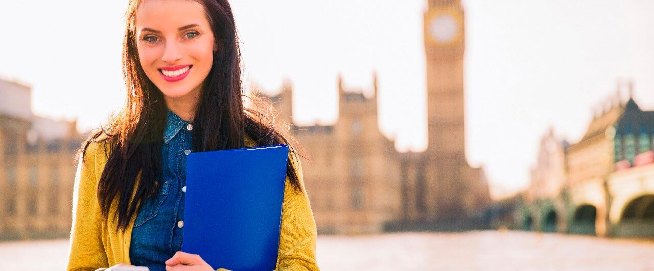 Estudar no exterior: como um intercâmbio pode valorizar o currículo