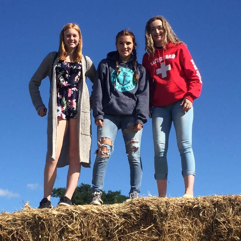High School Nova Scotia: Passeio na Noggins Corner Farm