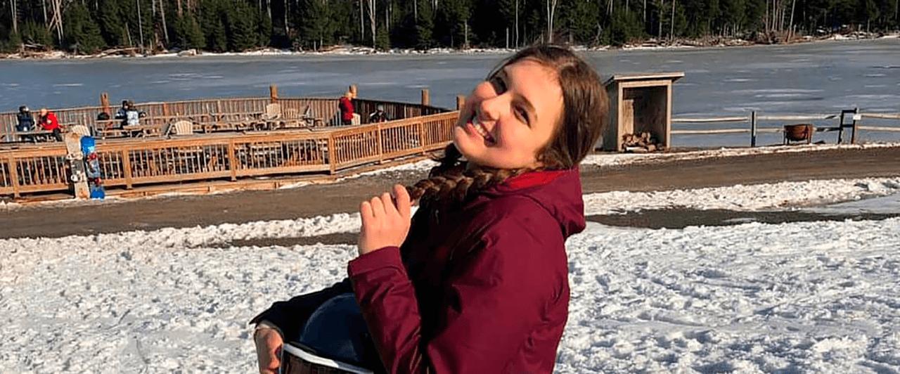 Work Experience USA: Julia trabalhou em West Virginia