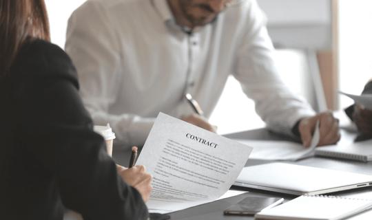 Contrato para trabalhar legalmente em outro país