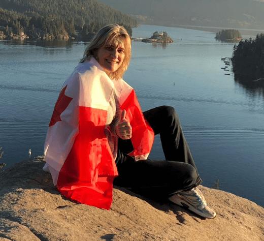 Ivone fez curso de idiomas no Canadá