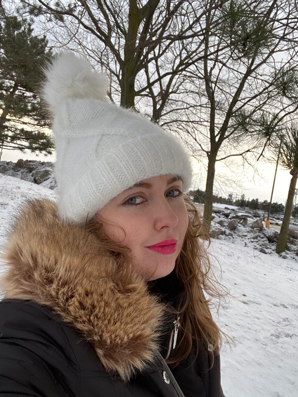 Júlia fez intercâmbio durante o inverno no Canadá