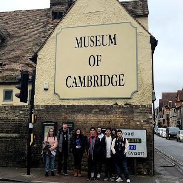 Passeio pelo museu de Cambridge