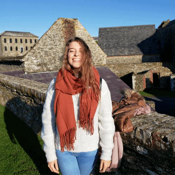 Mariana passeando pela Irlanda
