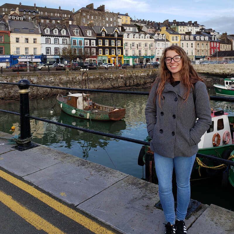 Mariana fez curso de idiomas na Irlanda