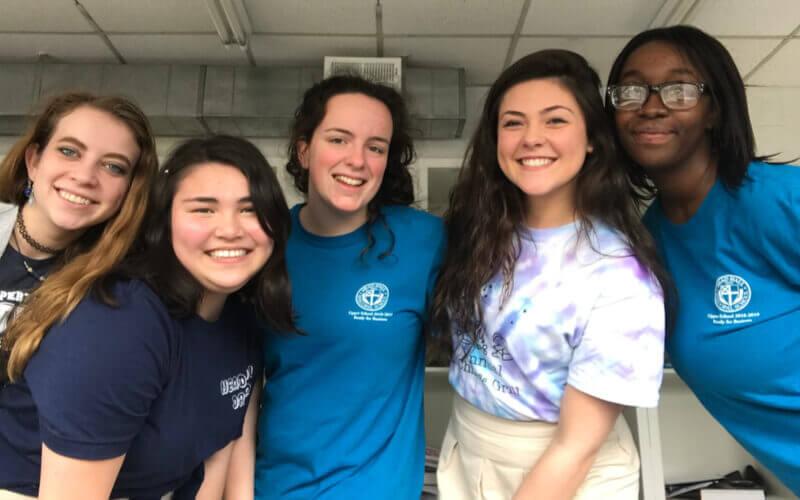 Amigas de Rafaela durante seu Ensino Médio nos EUA