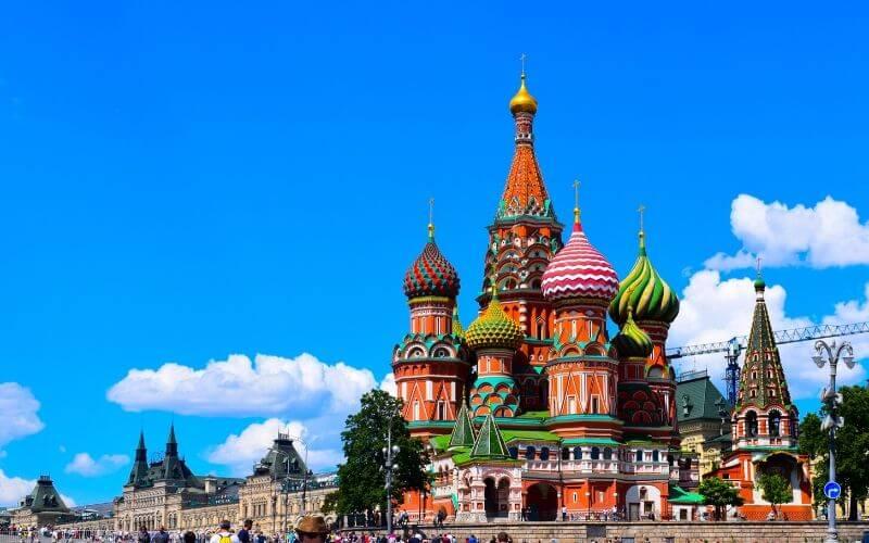 A Intercultural possui cursos de idiomas em Moscou. Consulte as opções!