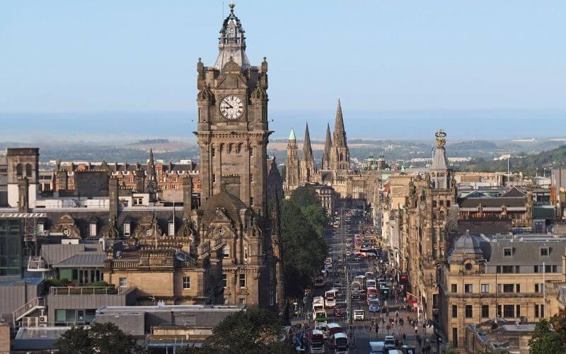 Faça um intercâmbio em Edimburgo. Confira as opções disponíveis