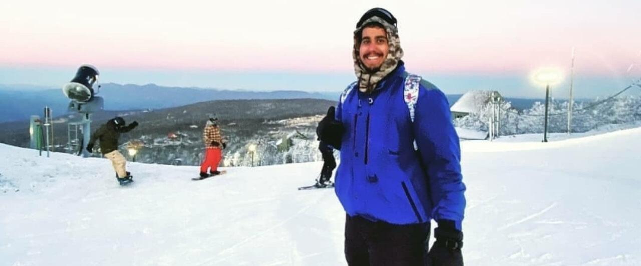 Work and Travel: Arthur trabalhou em Beech Mountain