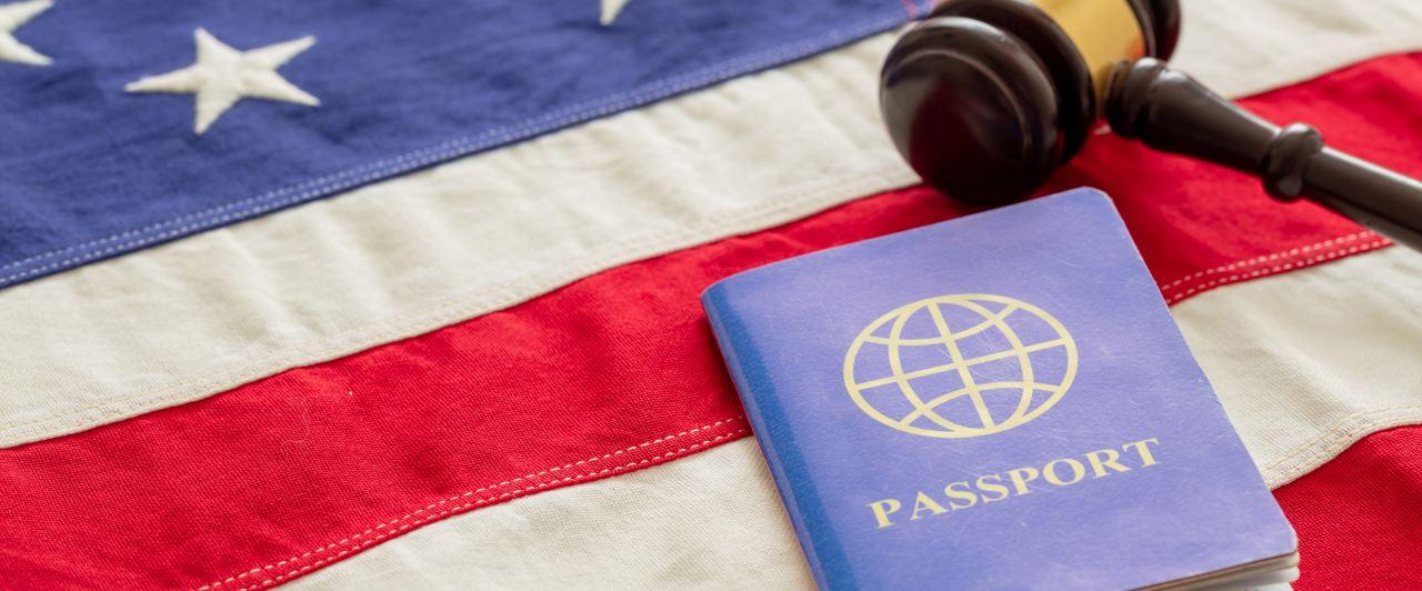 Conheça o visto J1 para os Estados Unidos e como obtê-lo.